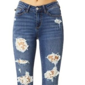Lace Patch Destroyed Judy Blue Jeans